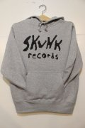 SKUNK records-FRONT Logo Pull HOODIE -GRAY-